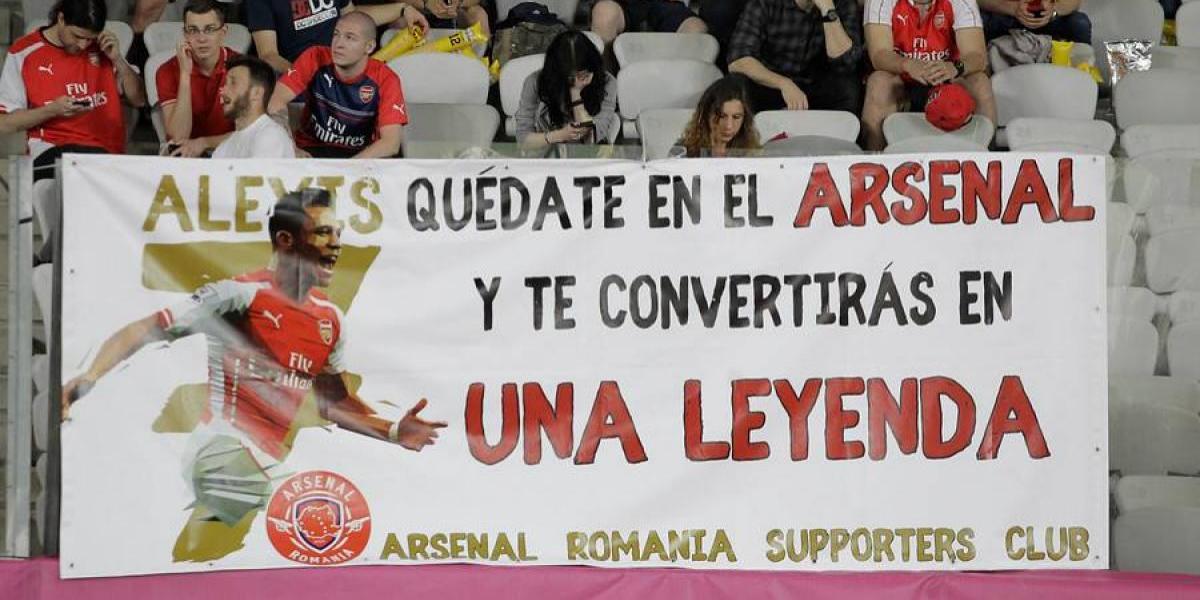 El lienzo que apareció en Rumania rogando por la continuidad de Alexis en Arsenal