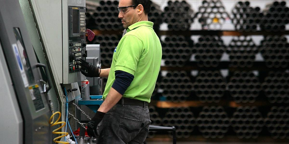 Los chilenos están entre los que menos ganan por hora trabajada de los países de la Ocde