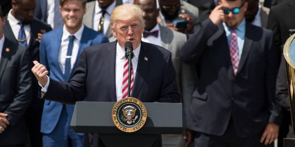 Trump critica la suspensión por la justicia de su decreto migratorio