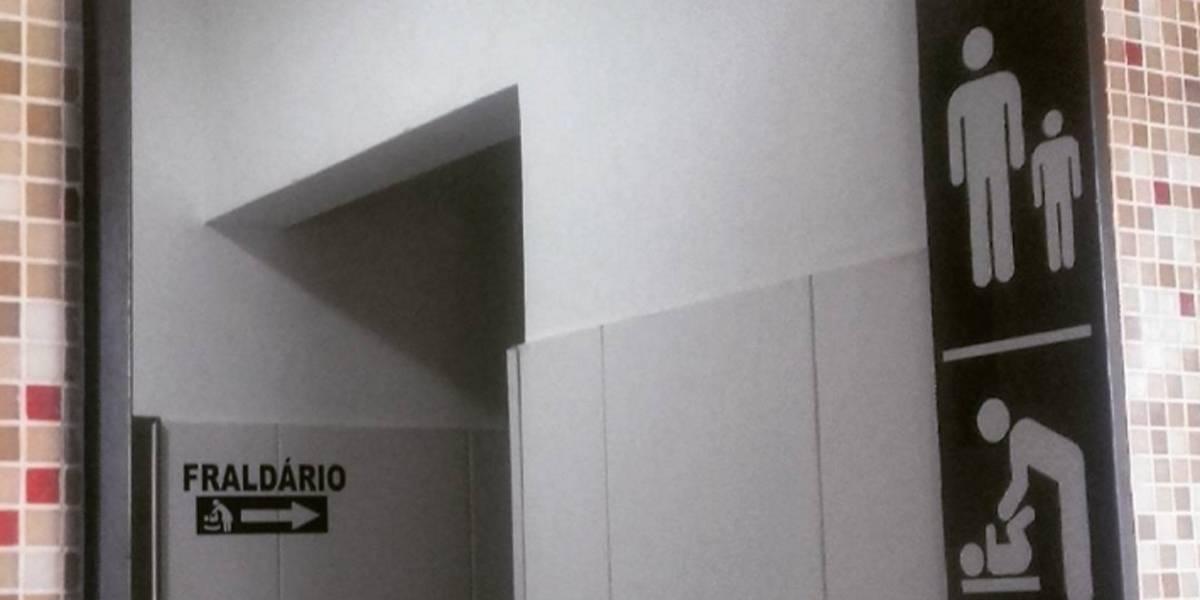 Shoppings paulistanos devem oferecer fraldário nos banheiros masculinos