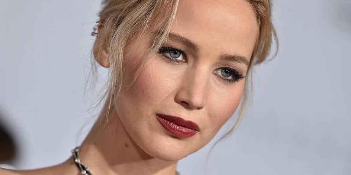 El avión de Jennifer Lawrence estuvo a punto de accidentarse