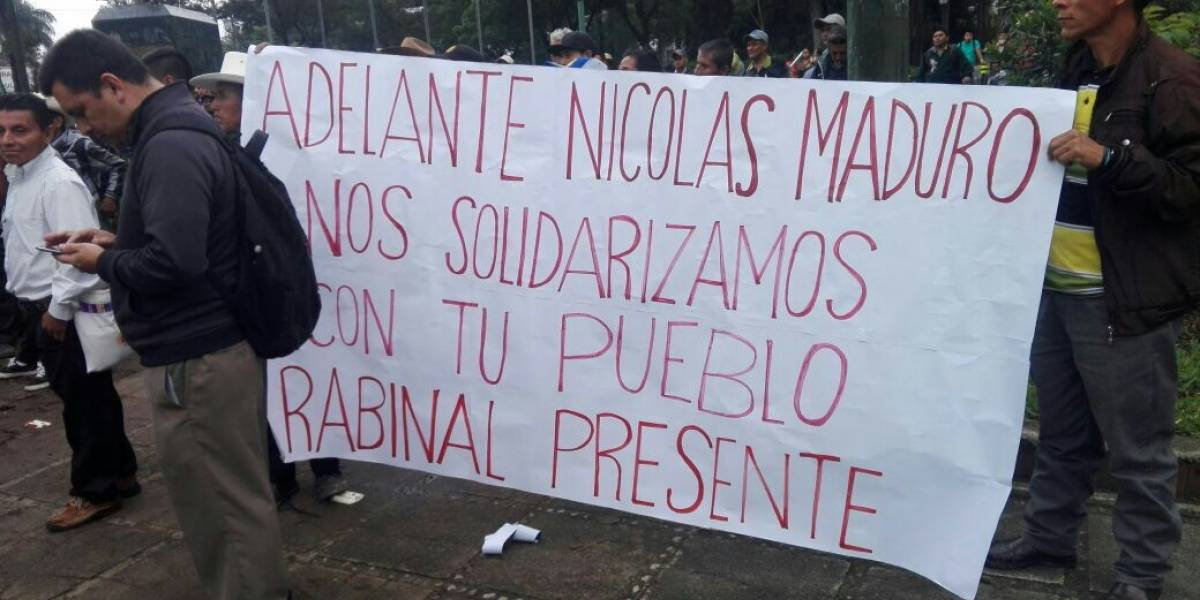 Campesinos guatemaltecos marchan en apoyo al gobierno de Venezuela