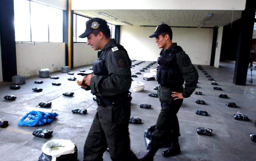 Cuatro policías colaboraban en una banda que se dedicaba al tráfico de droga