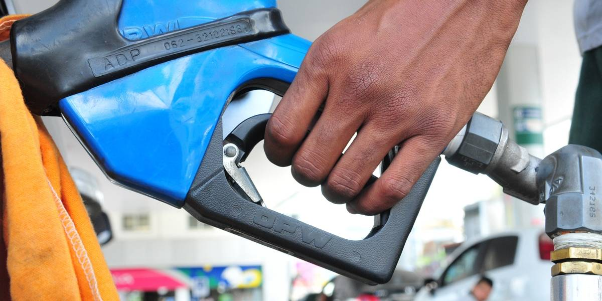 Petrobras anuncia redução drástica no preço do diesel