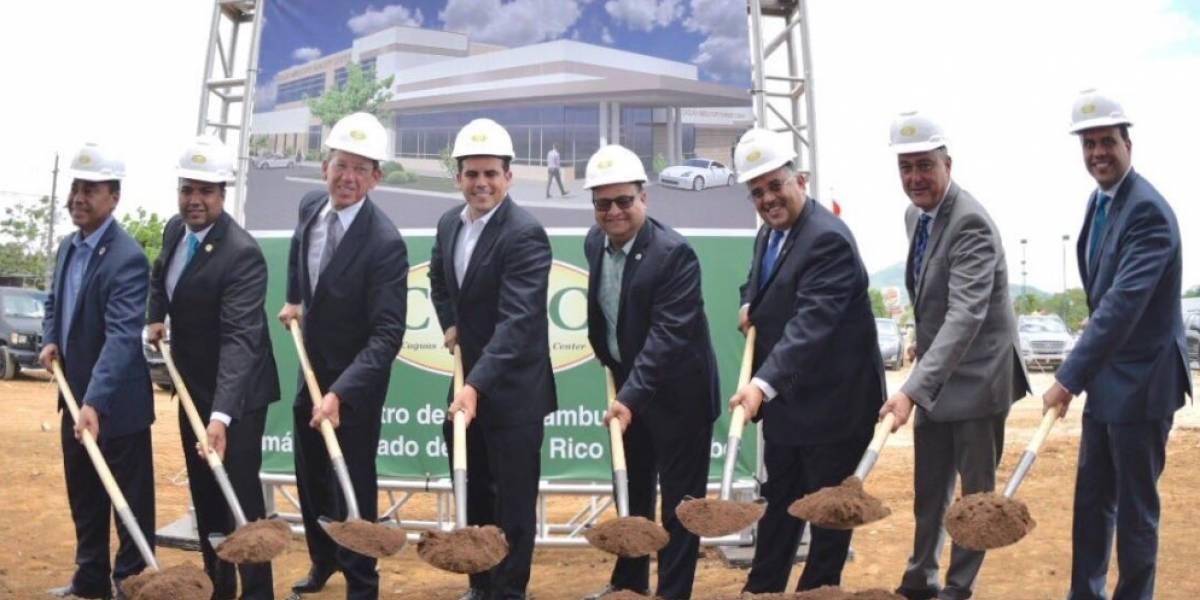 Rosselló anuncia construcción de centro de cirugía ambulatoria