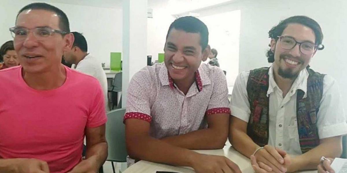 """Primera familia poliamorosa en ser reconocida en Colombia: """"Muchas personas viven en trieja, pero en el clóset"""""""