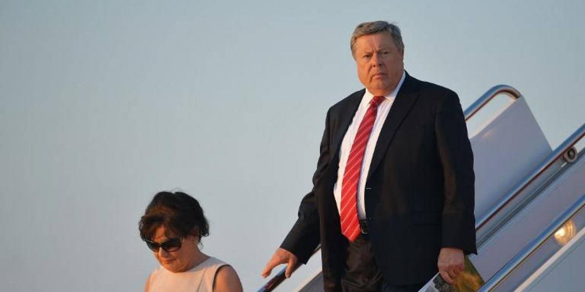 ¿Complejo de Electra? El gran parecido entre Donald Trump y ... El padre de Melania