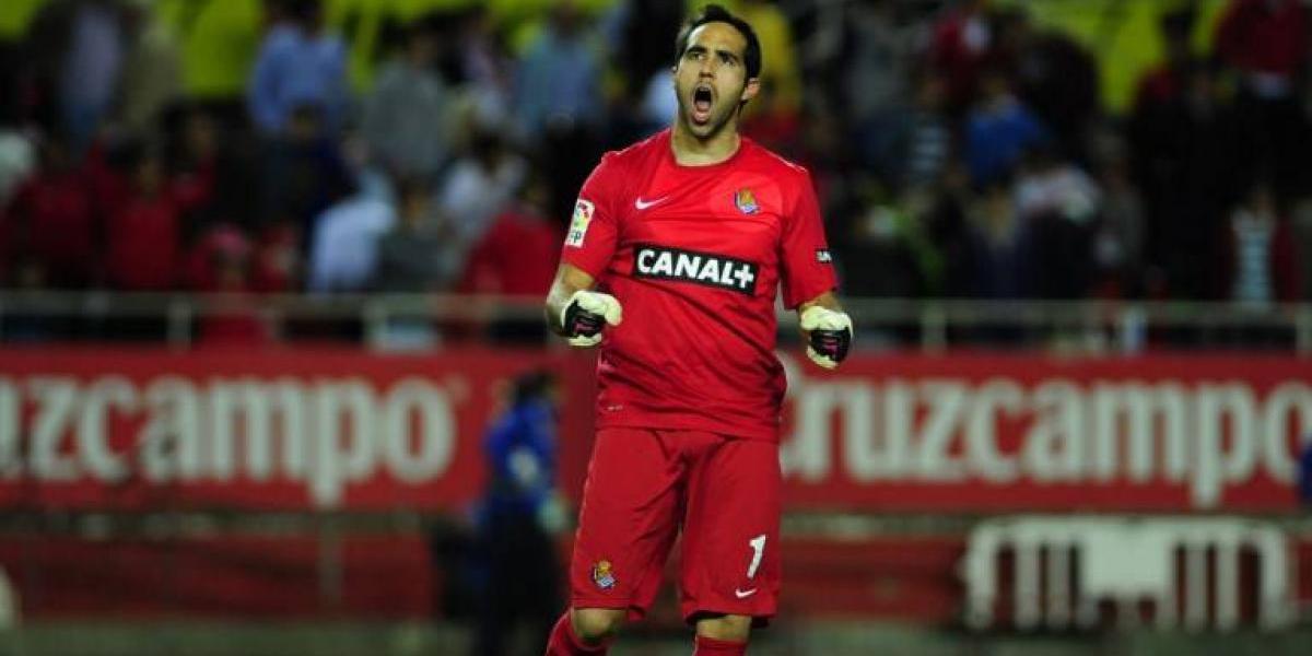 Real Sociedad insiste: Claudio Bravo renunció a dinero cuando fichó en el Barcelona