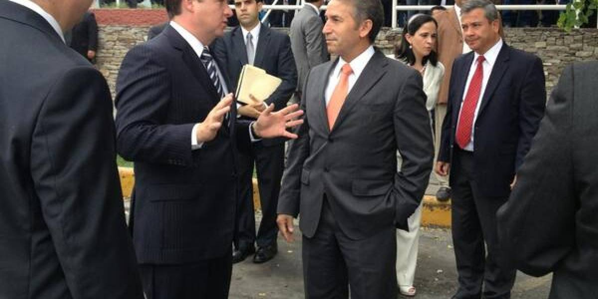 Vinculan a proceso a ex vocero de seguridad de Nuevo León