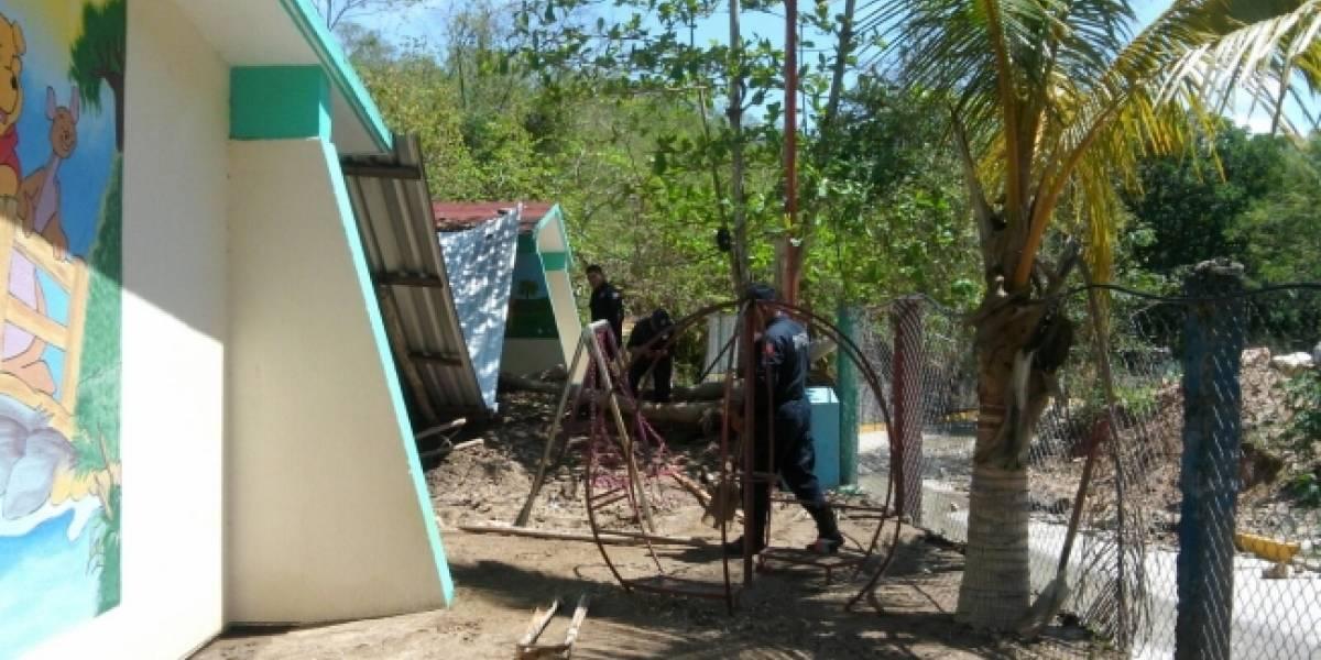 IEEPO supervisa 15 escuelas dañadas por