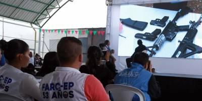 Las FARC escenifican su dejación de armas con la ONU como testigo