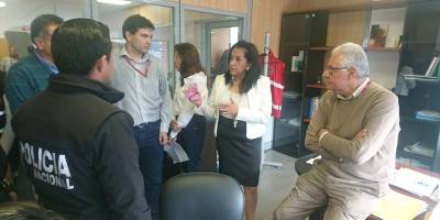 Fiscal provincial realiza allanamiento a la empresa Metro de Quito