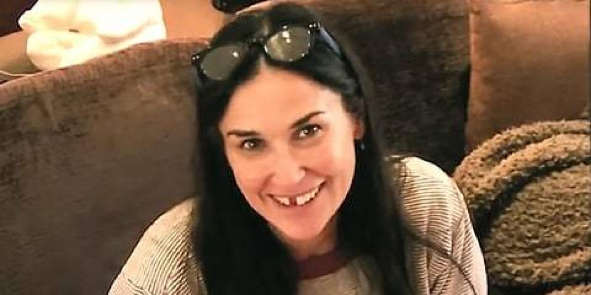 Por esta razón Demi Moore perdió dos dientes