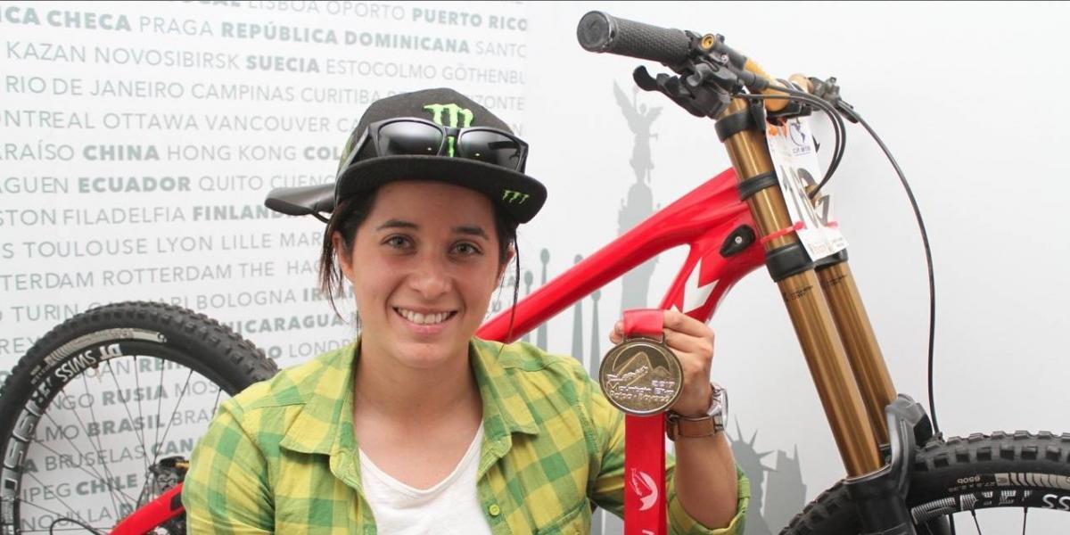 Downhill, el deporte que no sólo es para hombres: Lorena Dromundo