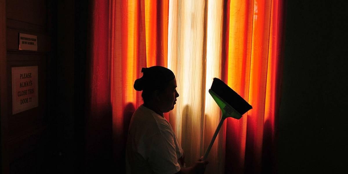 Corte reafirma que un empleado doméstico debe devengar al menos un salario mínimo