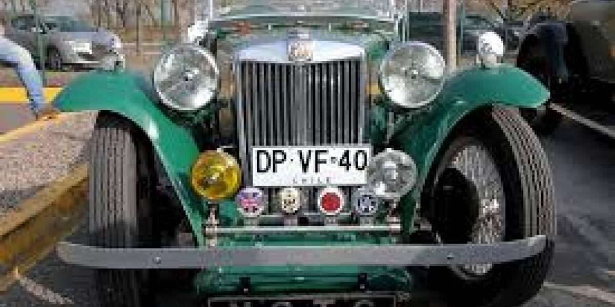 Exposición de autos antiguos reprograma su fecha de realización