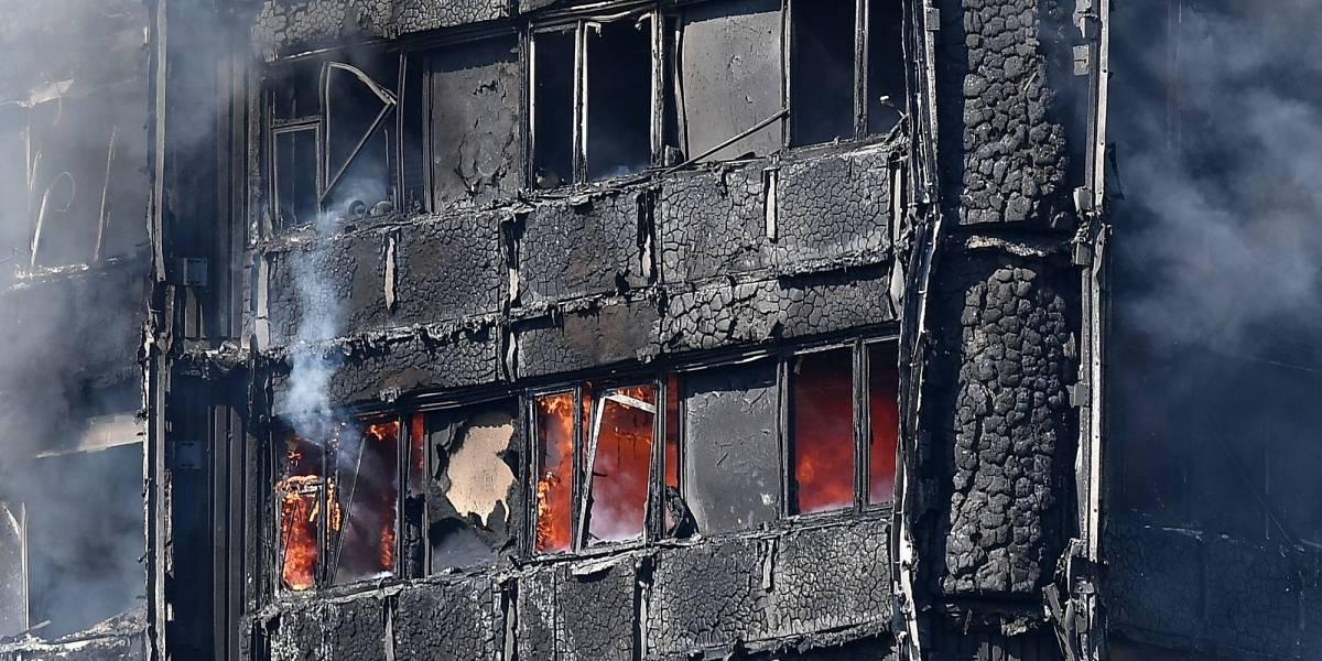 Lanzaron a niños por las ventanas para salvarlos del incendio en Londres