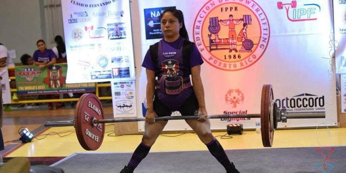 María Luisa Vásquez se prepara para Juegos Mundiales en powerlifting