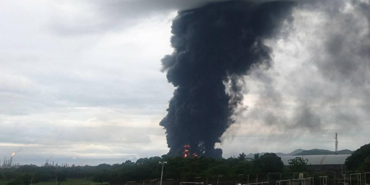 Pemex reporta 9 heridos por incendio en refinería de Salina Cruz, Oaxaca