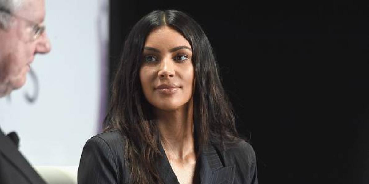 """FOTOS. Kim Kardashian es captada paseando """"muy relajada"""" por Nueva York"""