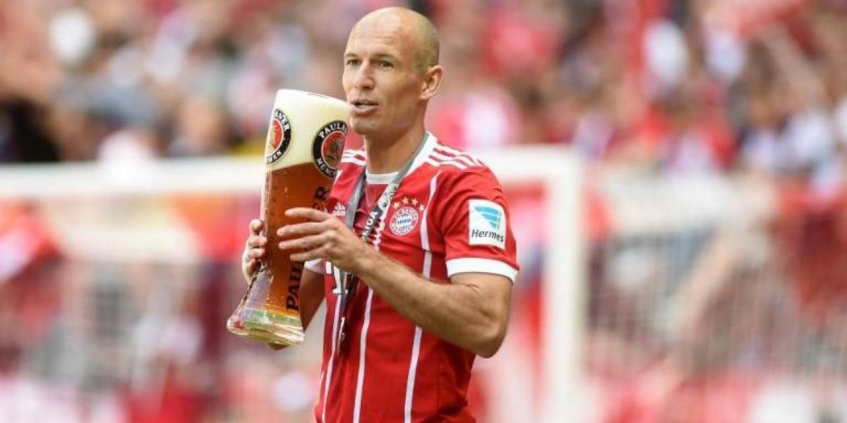 Arjen Robben comienza a decir adiós al fútbol y piensa su regreso a Holanda