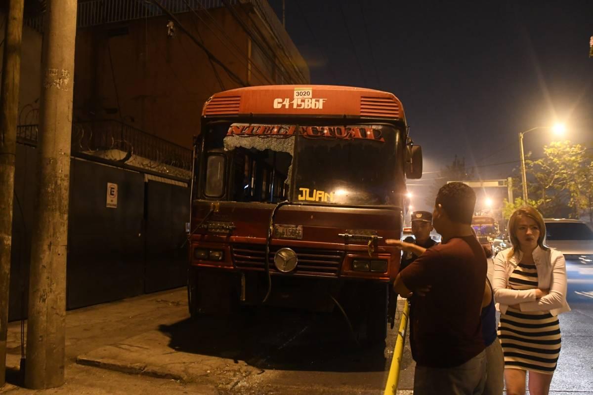 487 pilotos de buses fueron asesinados de 2010 a 2016. Foto: Omar Solís