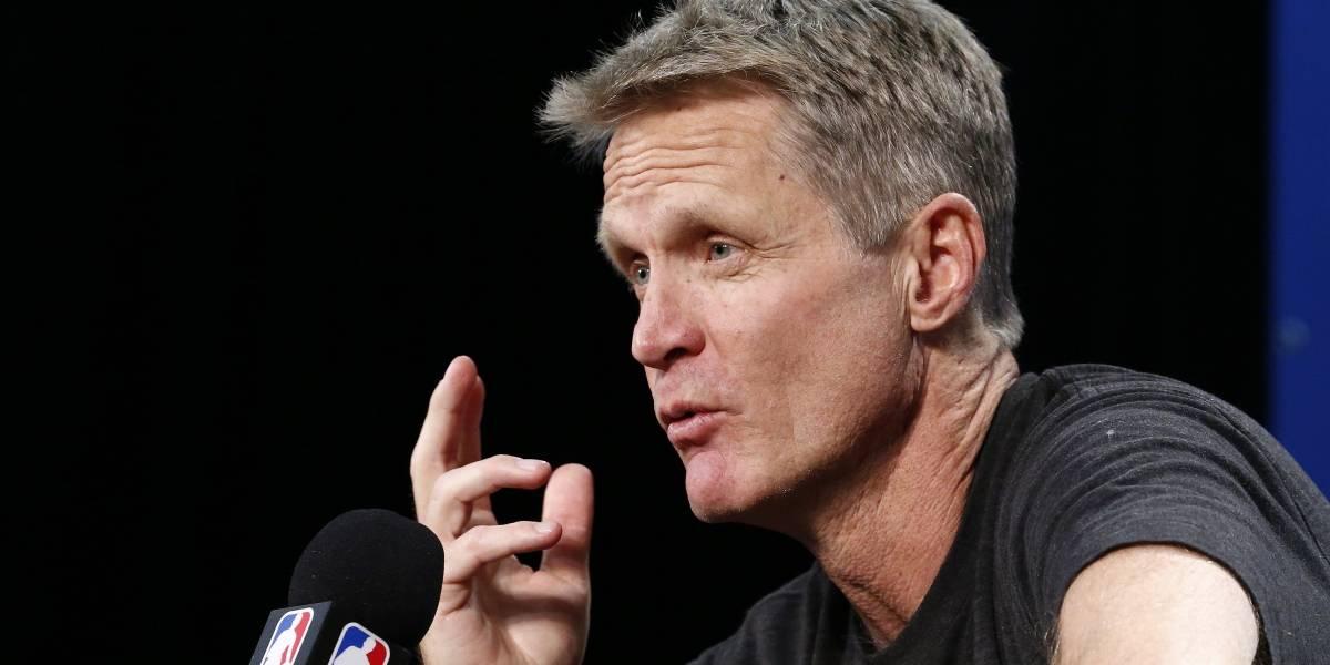 Kerr confirma que seguirá con los Warriors y buscan asegurar a Curry
