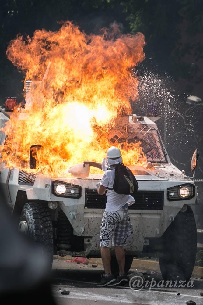 Las protestas en Venezuela, desde la lente de Isaac Paniza Isaac Paniza / Cortesía