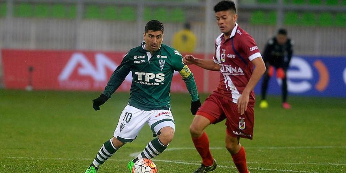 """David Pizarro sigue dolido con Wanderers: """"Quería hacer grande al club y terminé apuñalado entero"""""""