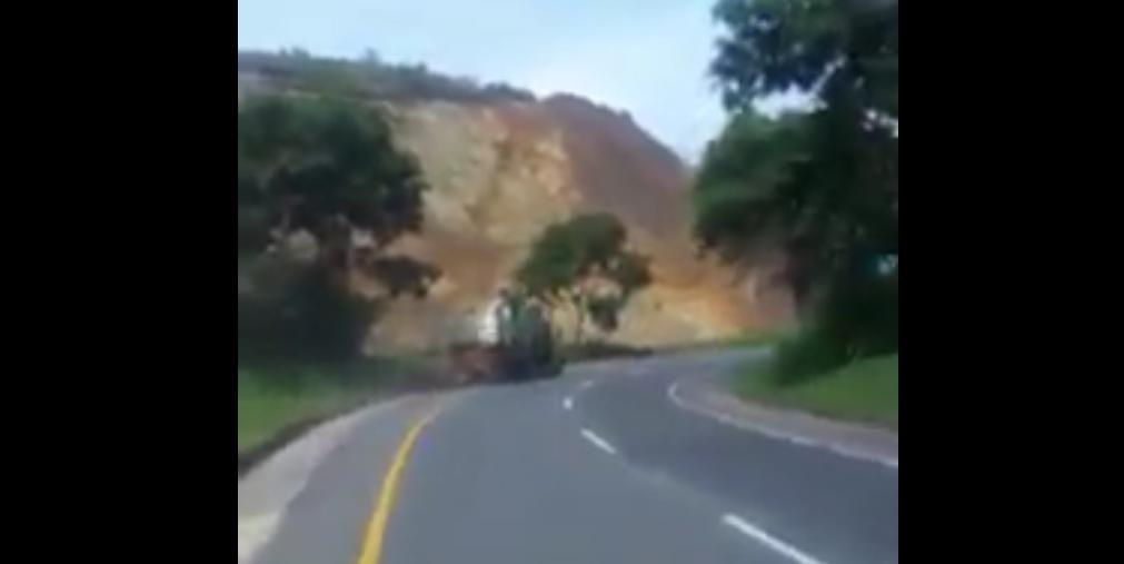 Conductor evitó tragedia cuando su camión se quedó sin frenos en carretera