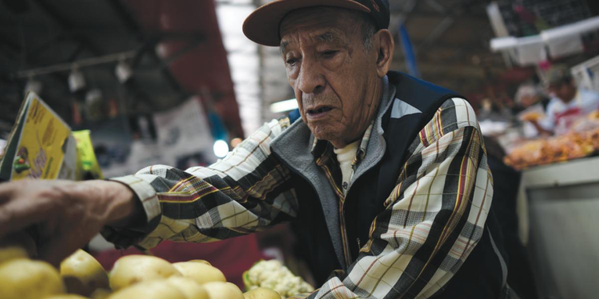Frutas y verduras suben hasta 94% en un año, advierte Inegi