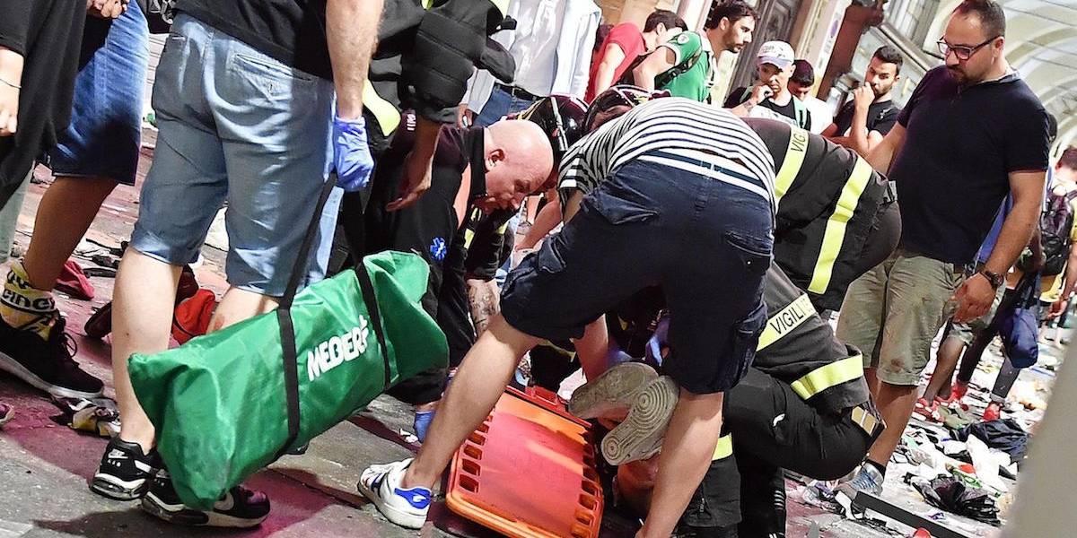 Mujer no tiene esperanzas de vida tras estampida en Turín