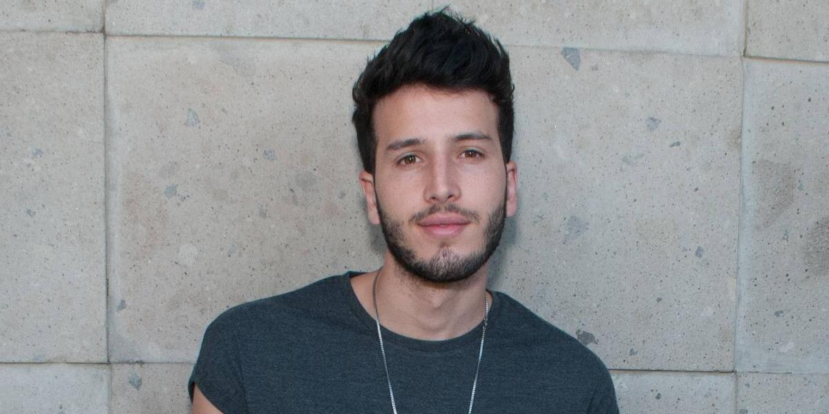 Sebastián Yatra: Escribimos Traicionera en 15 minutos en una disco