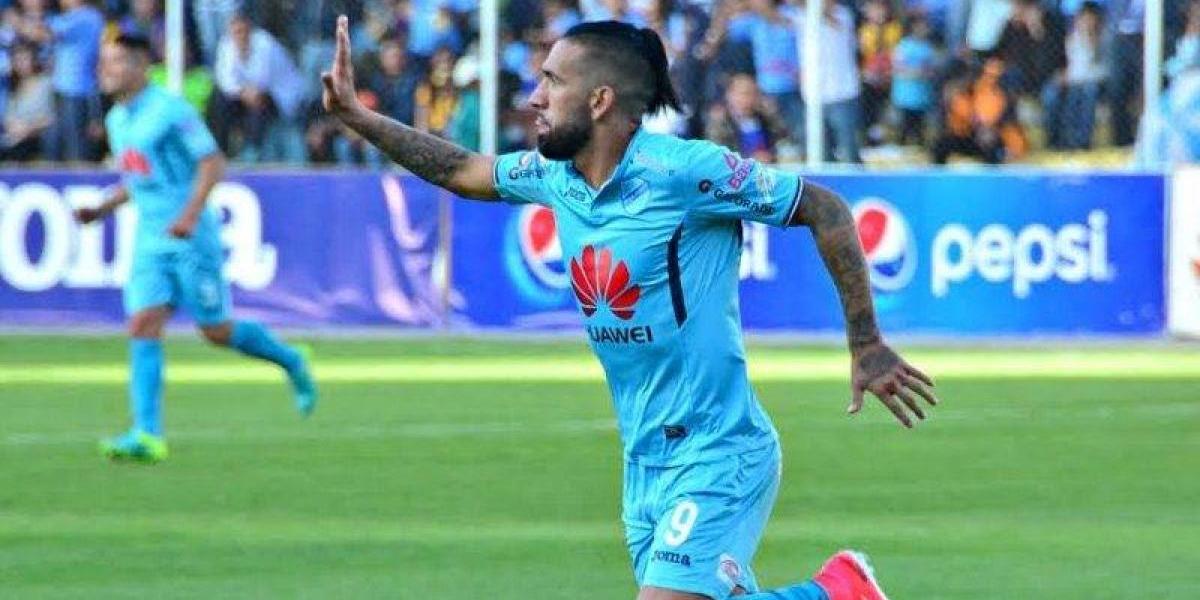 Ronnie Fernández salva de una indecorosa derrota al Bolívar que sigue en lo alto de la tabla