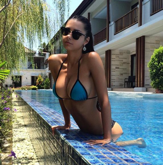 Helga Lovekaty instagram.com/helga_model/?hl=es