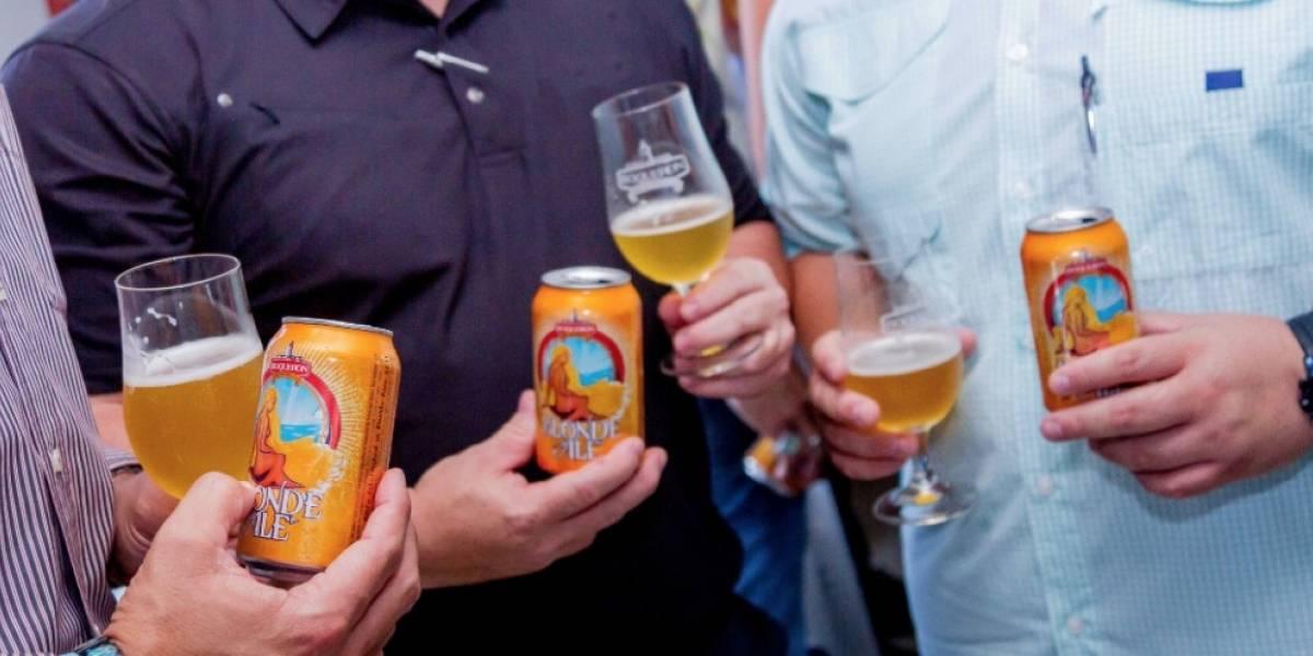 Puertorriqueño crea cerveza rubia en Boquerón