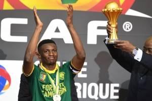 Benjamin Moukandjo (Camerún): El capitán de los Leones Indomables es el llamado a liderar a su selección y hacer valer en la delantera su jineta de capitán / imagen: AFP