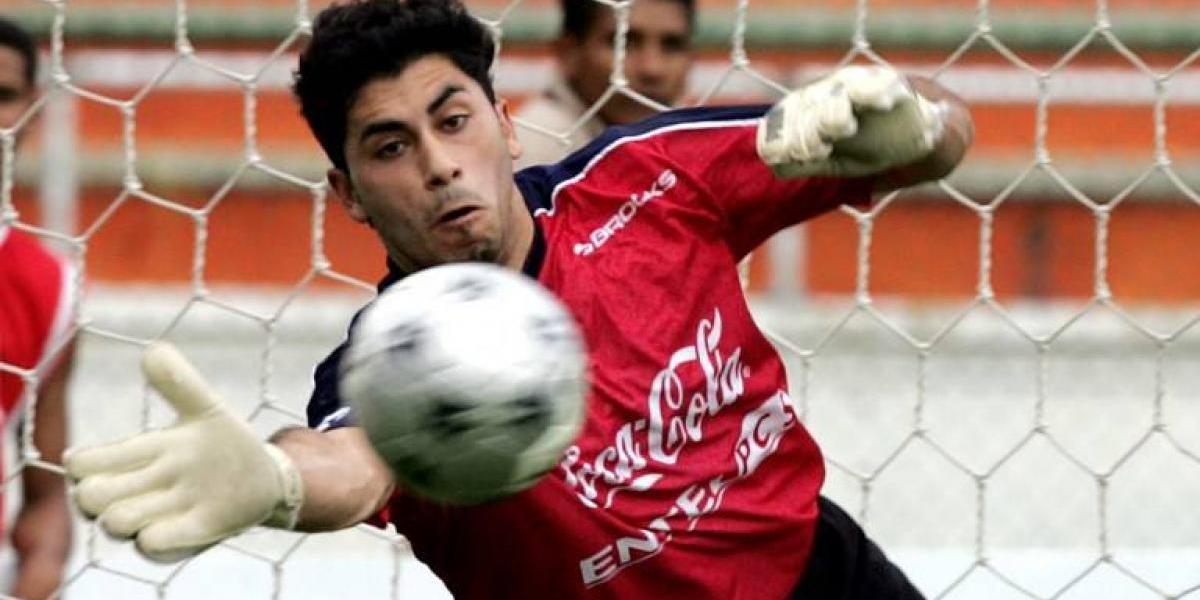 Johnny Herrera cumplirá la predicción que hizo en 2008 sobre su sueño en la Roja