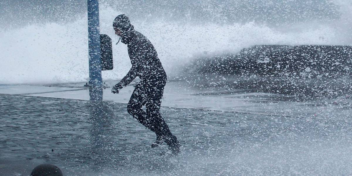 Sistema Frontal: Valparaíso y Viña del Mar sufren fuertes marejadas