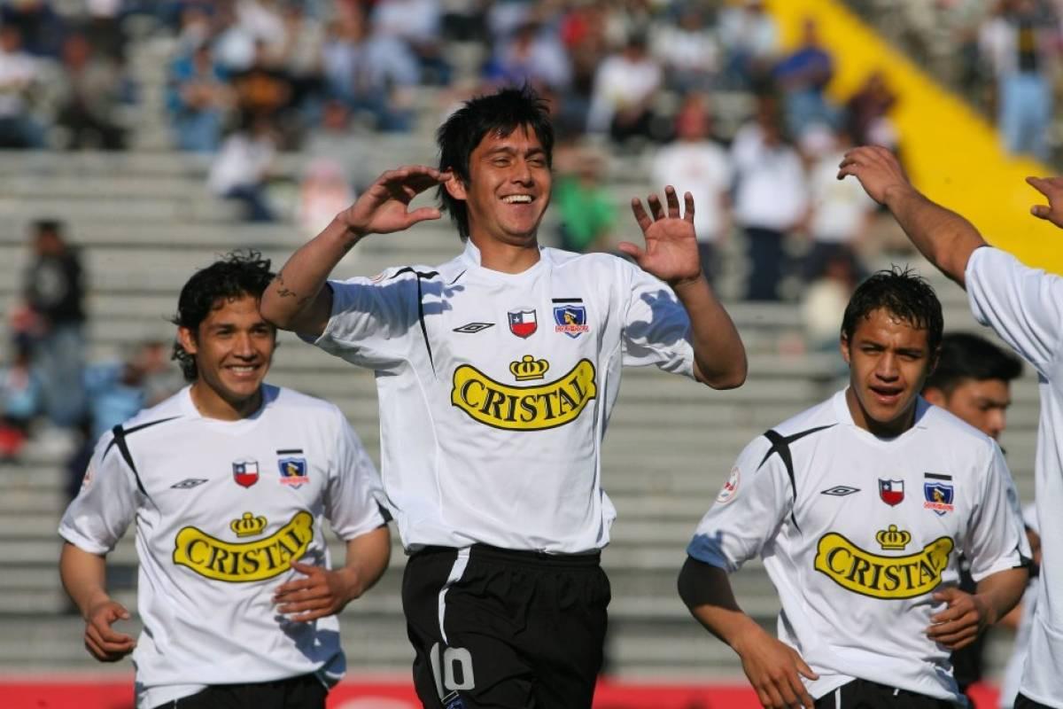 2006 Miguel Caneo: El volante argentino pasó sin pena ni gloria en el Cacique y fue el primer en usar este número tras la ida de Valdivia. Se fue a los seis meses. Photosport