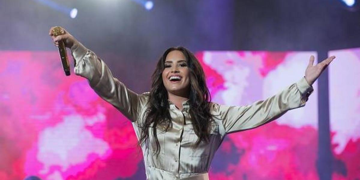 """Demi Lovato se une a la fiebre de """"Despacito"""" y sorprende cantando en español"""