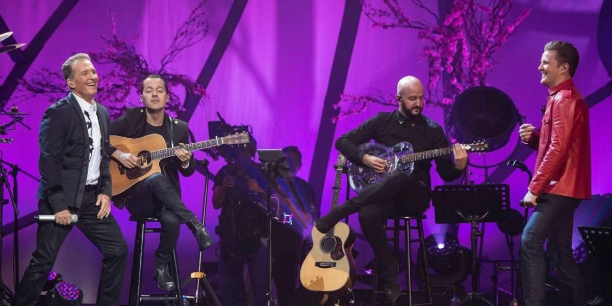 Emmanuel emociona con la grabación de MTV Unplugged