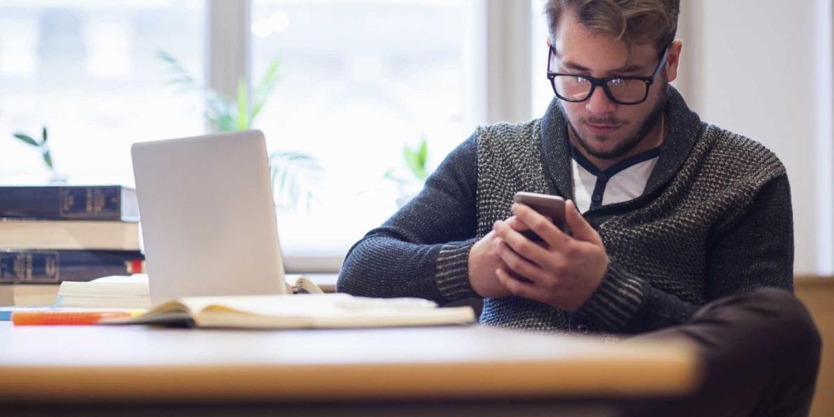Un correcto uso de smartphones disminuye el estrés visual