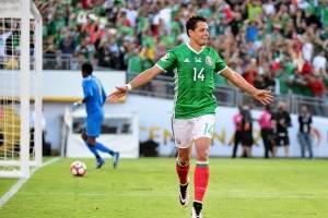 Chicharito Hernández (México): Aunque muchos le critican su poca precisión frente al arco, lo cierto es que Chicharito Hernández tuvo un renacer en su llegada al Bayer Leverkusen y no por nada marcó 10 goles en la pasada temporada. Ahora buscará guiar a s