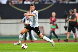 Julian Draxler (Alemania): El capitán que tendrán los germanos en la Copa Confederaciones y esta temporada tuvo un buen desempeño tras ser fichado por PSG desde Wolfsburgo / imagen: Getty Images
