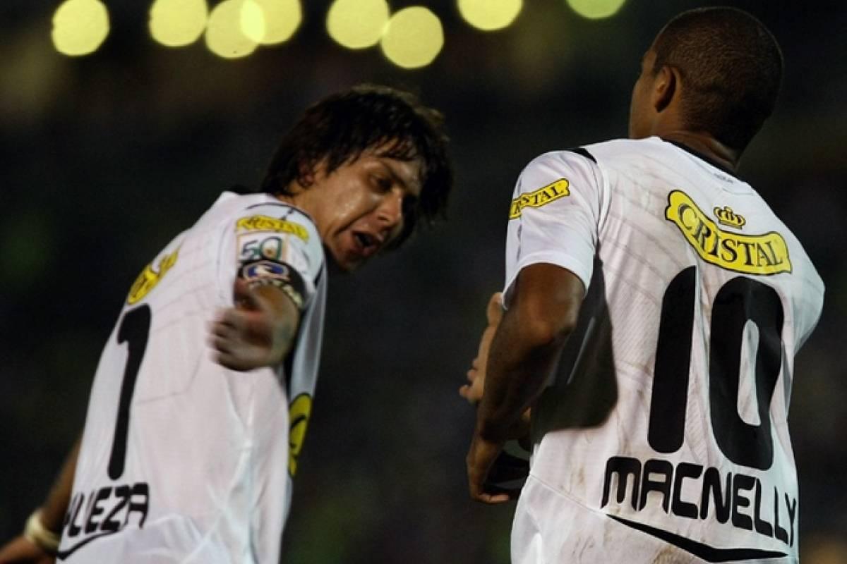 2008-2010 Macnelly Torres: El talentoso volante colombiano llegó en un millonario traspaso y si bien tuvo grandes destellos, nunca pudo convencer a todos por su irregularidad. Fue campeón dos veces y se fue a principios de 2011. Agencias