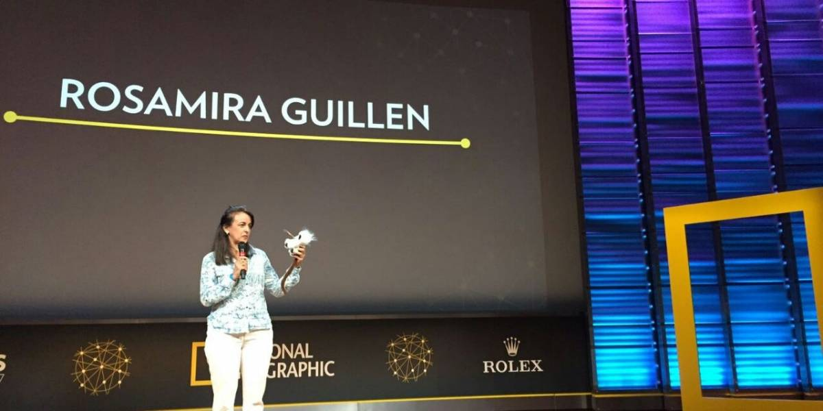 Directora de Proyecto Tití Cabeciblanco recibe premio de la National Geographic