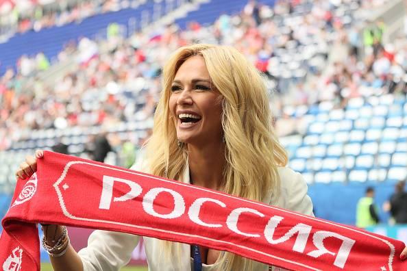 Las chicas hermosas también engalanaron las grades en Rusia|GETTY IMAGES