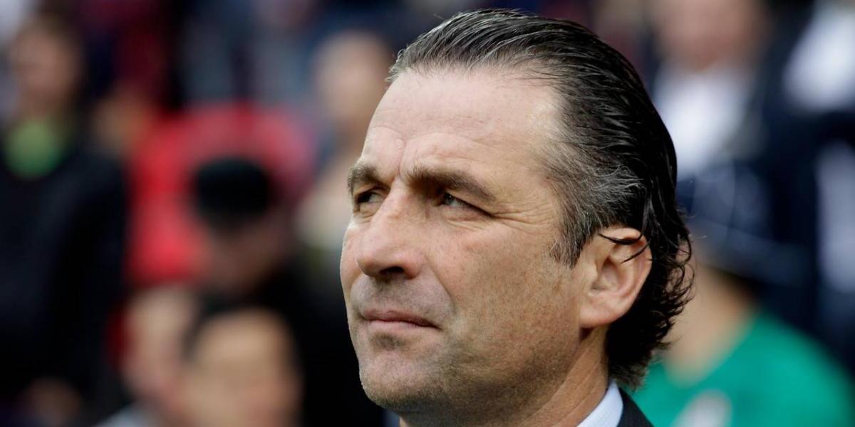 """Juan Antonio Pizzi, el """"patipelado"""" que fue pretendido por Barcelona"""