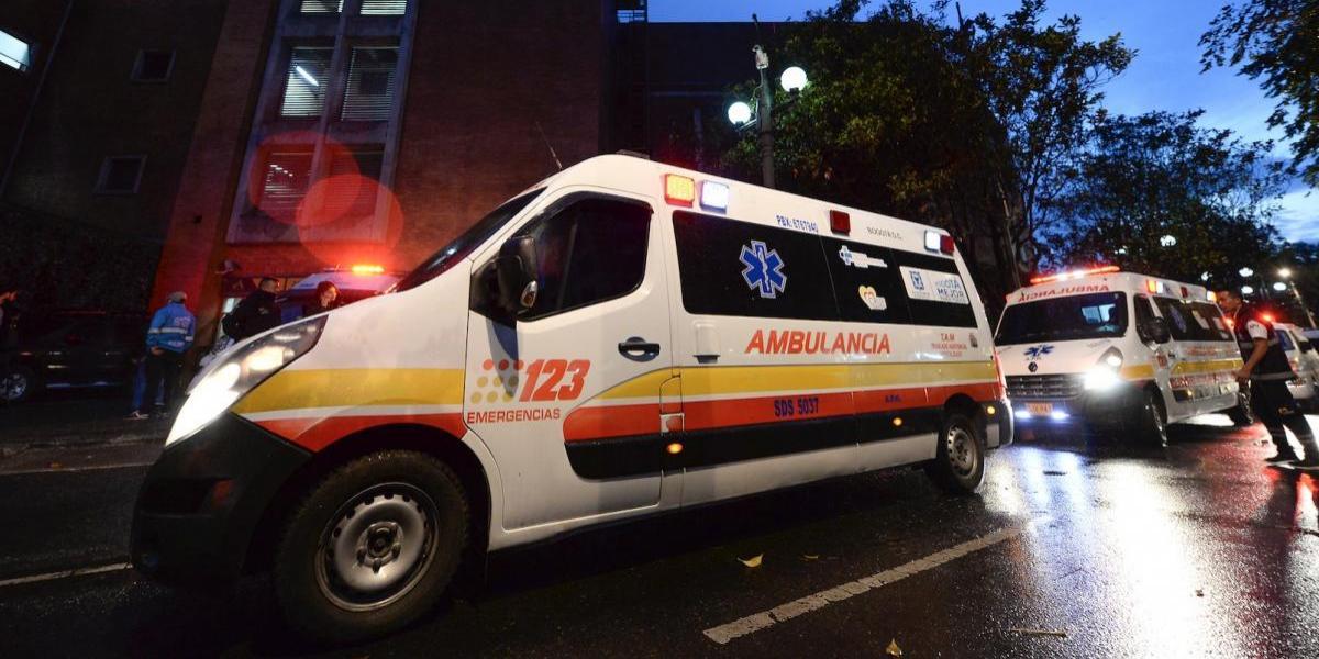 Al menos tres muertos y una decena de heridos en explosión en centro comercial de Bogotá
